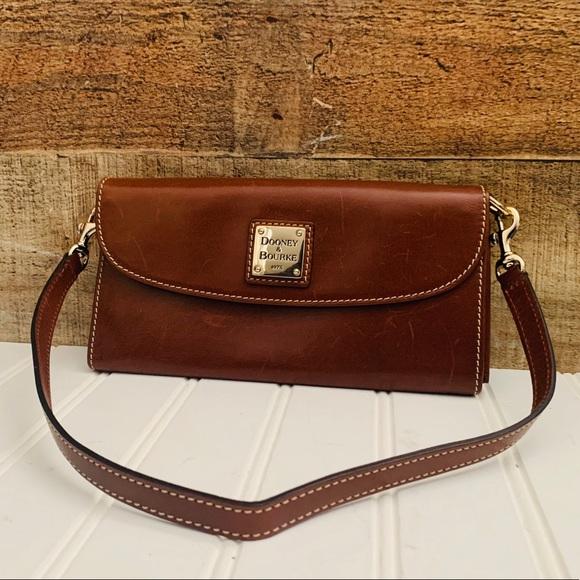 Dooney & Bourke Handbags - Dooney & Bourke Large Leather Wallet